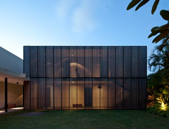 Gower St Residence - Colombo, Sri Lanka <br ⁄> Kerry Hill Architects
