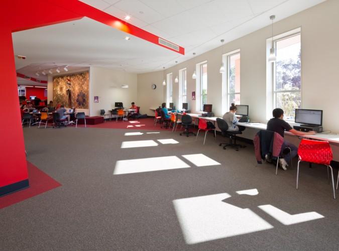 Griffith University G11 Learning Common <br ⁄> Thomson Adsett