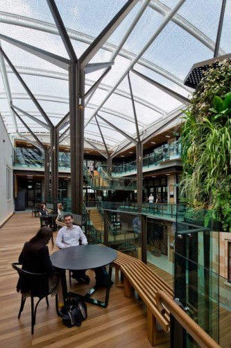 Global Change Institute (GCI) - UQ <br ⁄> Hassell