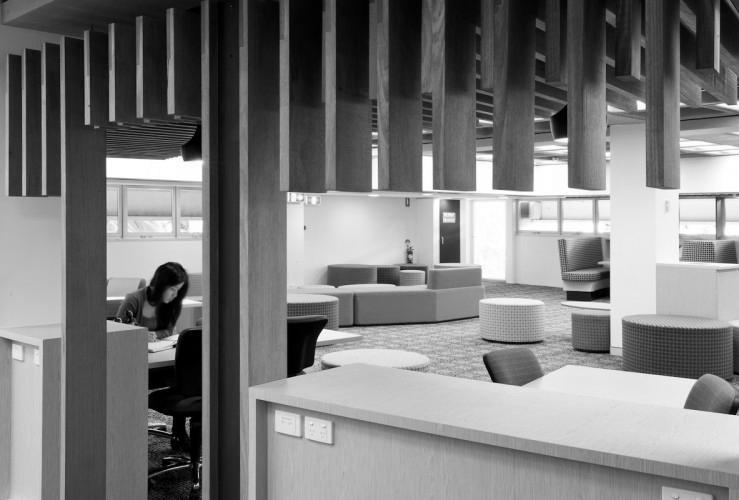 QUT Library - Gardens Point; Brisbane, Australia <br /> Peddle Thorp Architects and James Cubitt Architects
