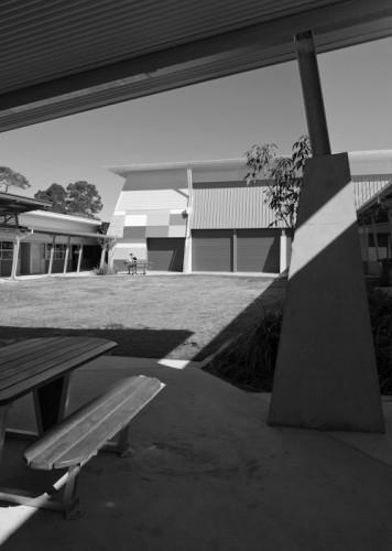 Deception Bay Learning Centre - Deception Bay, Australia <br /> Hutchinson Builders; Fulton Trotter Architects